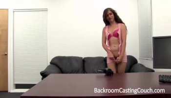 Brunette Cougar gets fucked and creamed